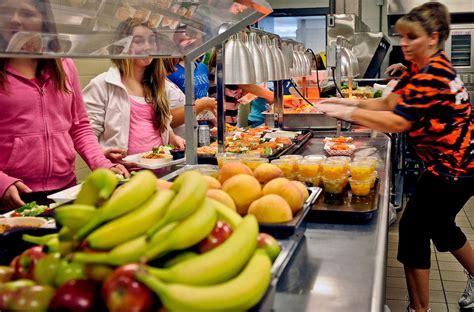 children eat fruit  school study shows