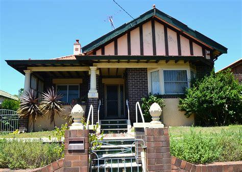 california bungalow file 1 california bungalow sydney 2 jpg wikimedia commons