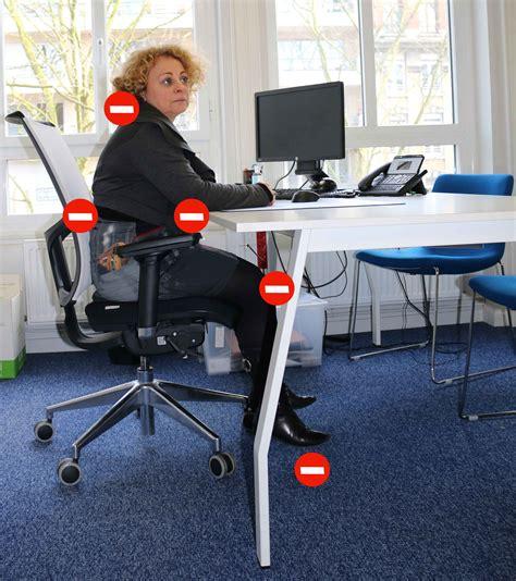 bonne position bureau bonne posture au bureau 28 images adopter une bonne