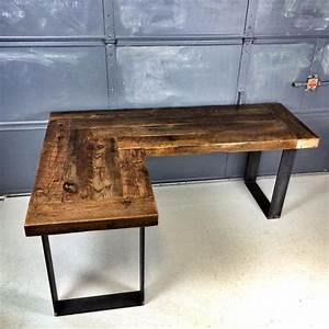 25+ best ideas about Reclaimed Wood Desk on Pinterest