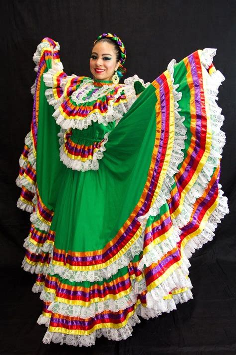 Jalisco Gala Dress en 2020 Vestidos mexicanos