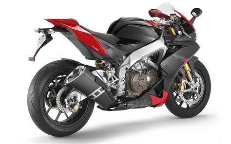 Aprilia Rsv4 Rr 4k Wallpapers by Aprilia Rsv4 Motorcycles Wallpapers Hd Wallpapers Id 631
