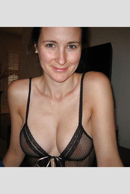 Amateur Mature Pictures: Downblouse, bikini, sexy dressed, underwear 24