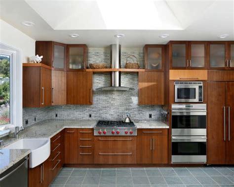 flooring for kitchen oven kitchen houzz 1003