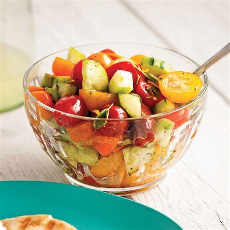 cuisine concombre salade de concombre et tomates colorées recettes