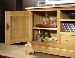 Meuble Tv En Chene Massif : meuble tv 16 9 me hugues en ch ne massif de style louis ~ Teatrodelosmanantiales.com Idées de Décoration