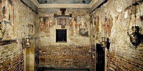 o milagre que levou a casa da virgem de nazar 233 para loreto associa 231 227 o dos cistas