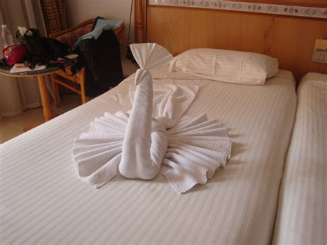 6 Creative Ways To Fold Towels