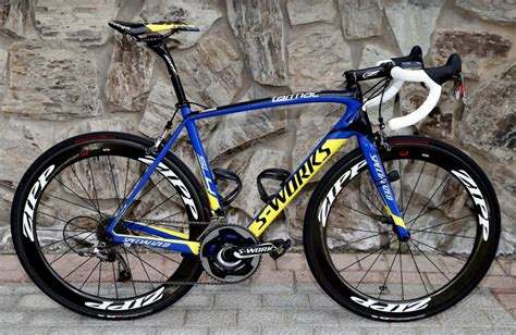 video nicolas roches team tinkoff saxo  specialized tarmac sl reviewed sticky bottle