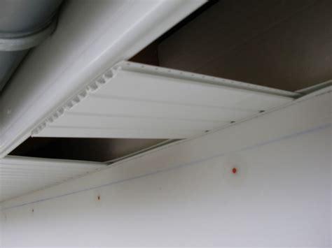 lambris pvc exterieur sous toiture lambris pvc dessous de toit autoconstruction