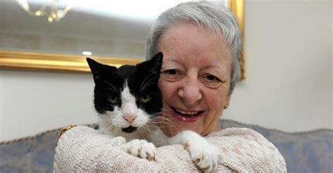 Kucing Dan Wanita Hamil Luar Biasa Kucing Ini Selamatkan Majikannya Dari Kanker