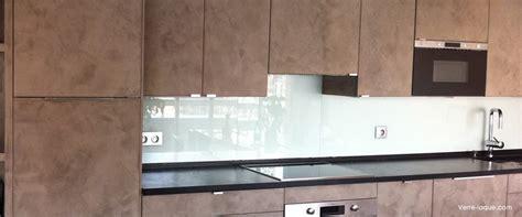 crédence verre trempé cuisine verre laqué sur mesure couleurs au choix professionnel