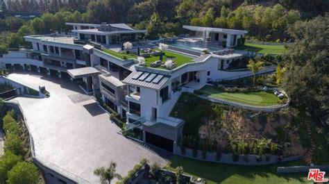 aerial view  mega mansion mansions mega mansions dream house exterior