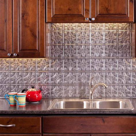 fasade backsplash traditional   crosshatch silver