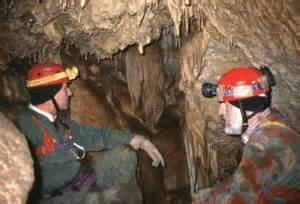 vermi sul soffitto la scheda della discesa nella quot grotta a quot gran sasso