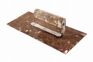 Löcher In Der Wand : loch in der wand zuspachteln so funktioniert es ~ Markanthonyermac.com Haus und Dekorationen