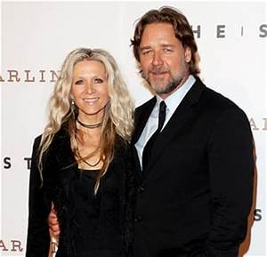 Russell Crowe Danielle Spencer Reunite For Dinner With