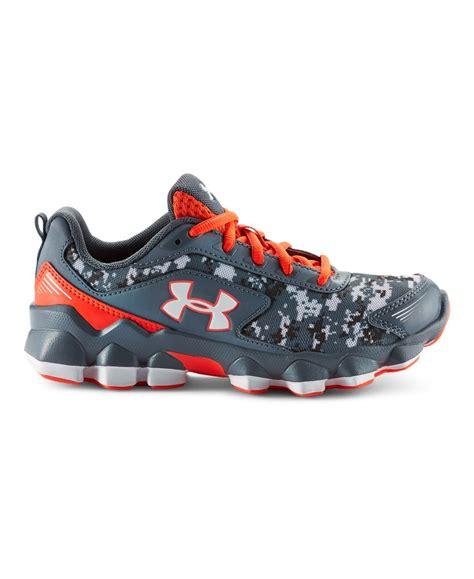 boys pre school armour nitrous running shoes ebay 123 | V5ProdWithBadge?scl=1&rect=0%2C0%2C818%2C1000&$p size=736%2C900&$p pos=409%2C500&$p src=is%7BUnderarmour%2F1258208 005 DEFAULT%7D