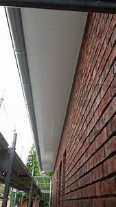 Dachüberstand Verkleiden Material : dach berstand mit blech verkleiden wohn design ~ Orissabook.com Haus und Dekorationen