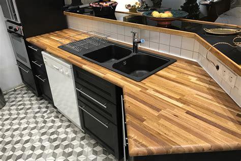 plan de travail cuisine en bois aménager sa cuisine avec des plans de travail en bois massif