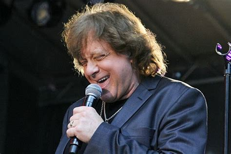 Eddie Money Is Looking For A Record Deal