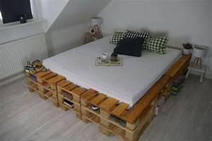 Palettenbett Bauen 140x200 Anleitung : ganz einfach ein palettenbett bauen diy miss declare ~ Watch28wear.com Haus und Dekorationen