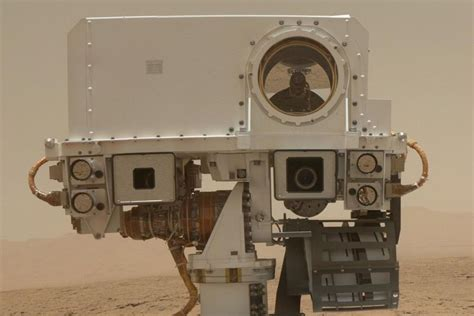 NASA's Mars rover is really good at laser-blasting rocks ...