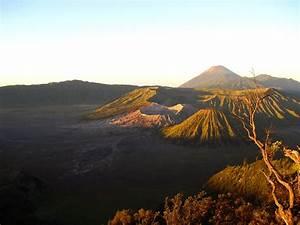 Unique Wallpaper: Amazing Mount Bromo