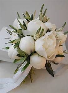 bouquet peonie bianche e ulivo La Gardenia