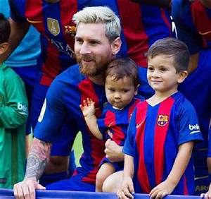 Video And Adorable Photos Of Lionel Messi With His Family