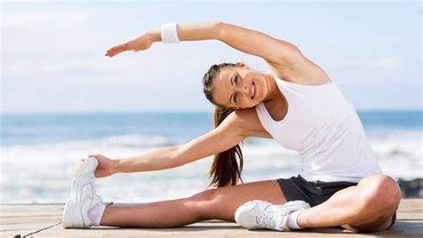 Eight Reasons Why You Should Stretch Before and After a