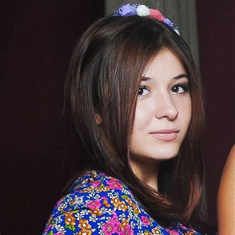 Anna Zharavina Images