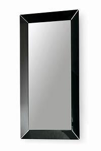 Spiegel Mit Schwarzem Rahmen : frame r rechteckiger spiegel von colico design aus methacrylat 180x90 cm ~ Buech-reservation.com Haus und Dekorationen