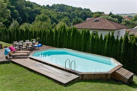 pour piscine installation piscine bois hors sol aquamag