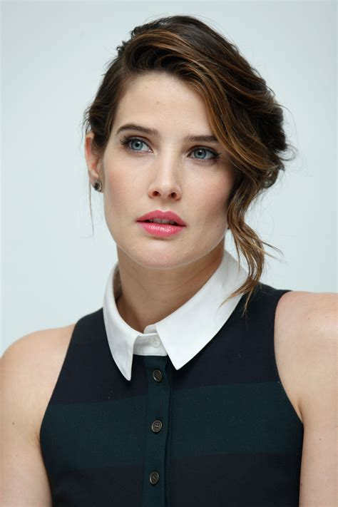 Cobie Smulders Best Pictures Latest Wallpapers