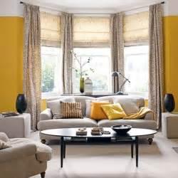 livingroom windows traditional living room ideas highlighting a bay window terrys fabrics 39 s