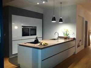 Cuisine Blanche Plan De Travail Gris : cuisine grise plan de travail blanc recherche google ~ Melissatoandfro.com Idées de Décoration