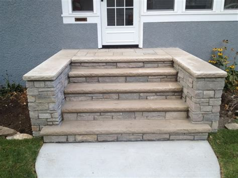 front concrete and steps in minneapolis