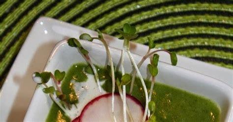 comment cuisiner les fanes de radis délinquances et saveurs soupe de fanes de radis et