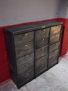 Meuble Coffre Fort : ancien meuble console 15 casiers industriel a clapet kratz coffre fort 1930 ~ Nature-et-papiers.com Idées de Décoration
