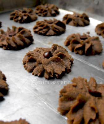 dapur ipoek kue semprit cokelat