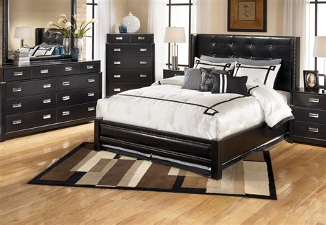 How Awesome Room Decoration With Black Furniture Atzinecom