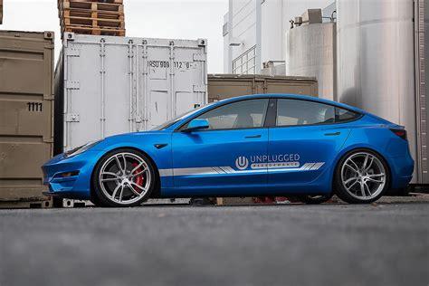 View Long Range Or Performance Tesla 3 PNG