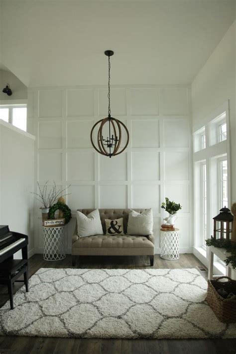 white board  batten classic  clean living room