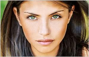 Welche Haarfarbe Passt Zu Blauen Augen : welche brille passt zu meiner augenfarbe brillenstyling ~ Frokenaadalensverden.com Haus und Dekorationen
