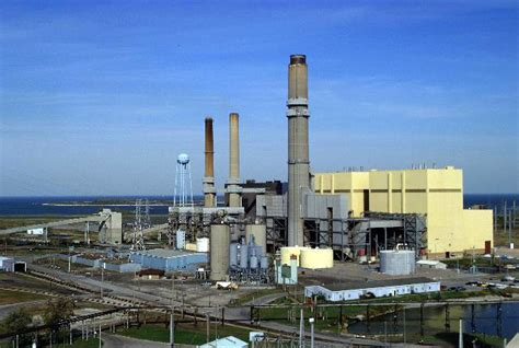 consumers energy  track  close  coal fired power