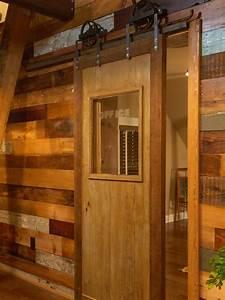 How to Build a Sliding Barn Door - DIY Barn Door how-tos
