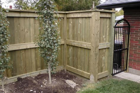 Fortress Style Fence Solid Looks Great Fences