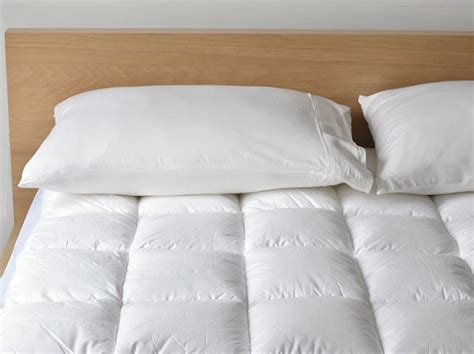 hotel mattress topper 1200 gsm hotel cloud collection 5 hotel