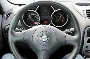 Avis Alfa Romeo 147 : l 39 essai et les 182 avis de l 39 alfa romeo 147 anne 2000 2005 pas de quartier ~ Gottalentnigeria.com Avis de Voitures